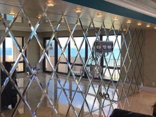المركز الايطالي تركيب توريد جميع انواع الزجاج والمريا تركيب واجهات محلات ديوانيات صالات تركيب شاور